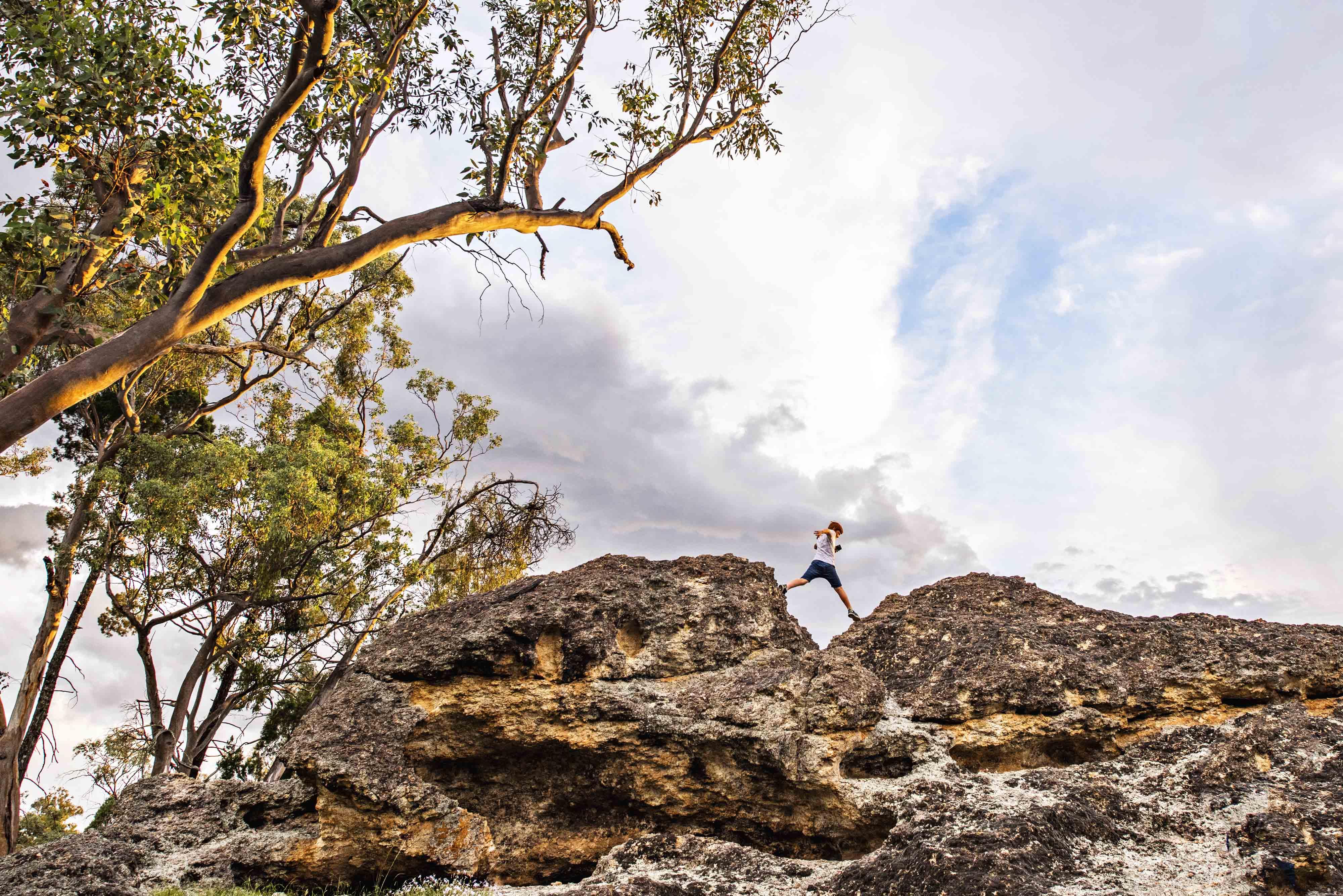 odd frog lodges lue nature rocks caves mudgee walking sunset